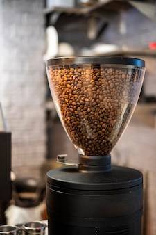 Máquina de café para moedor