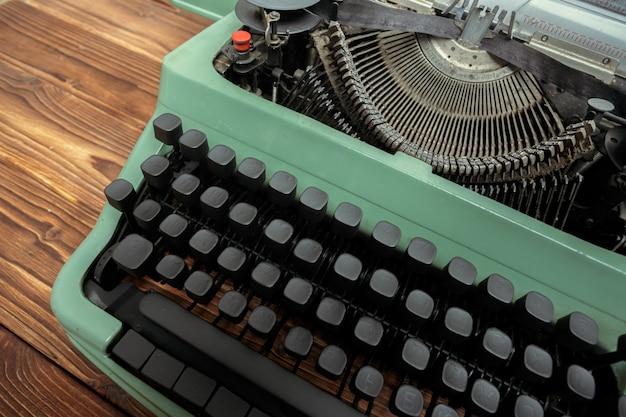 Máquina de escrever antiga. máquina de máquina de escrever vintage