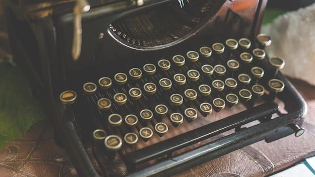 Máquina de escrever de negócios vintage