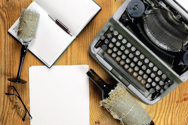 Máquina de escrever retro desktop