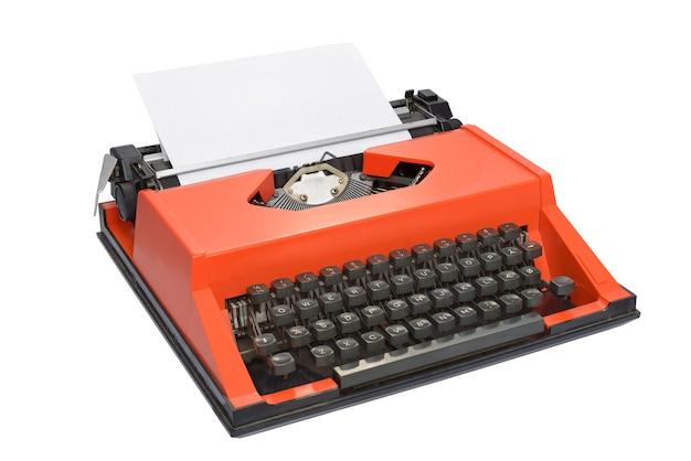 Máquina de escrever vermelha com layout de teclado dinamarquês