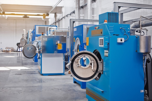 Máquina de lavar profissional. máquina de lavar industrial.