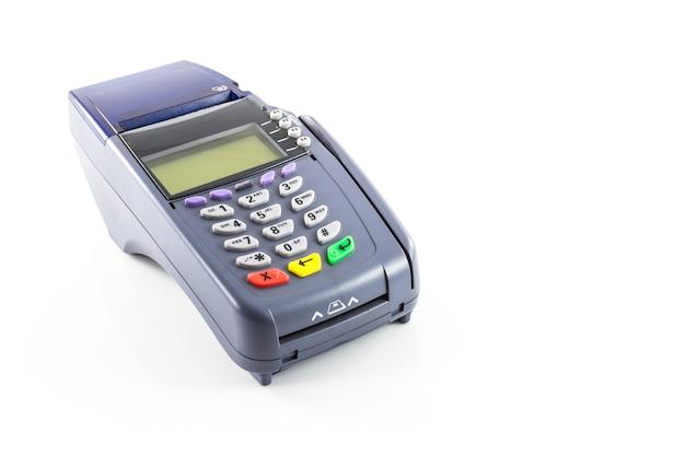Máquina de leitor de cartão de crédito em fundo branco