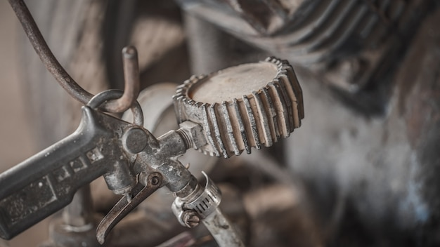 Máquina velha e enferrujada