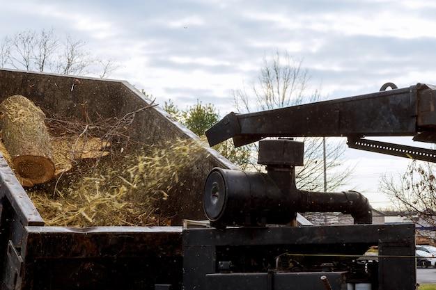Maquinaria agrícola, triturador de madeira