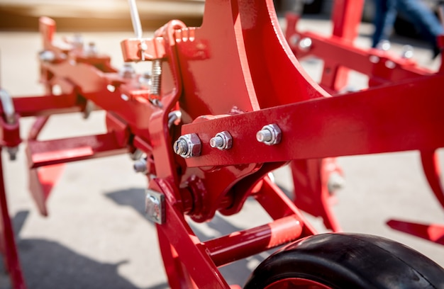 Máquinas e equipamentos agrícolas modernos.