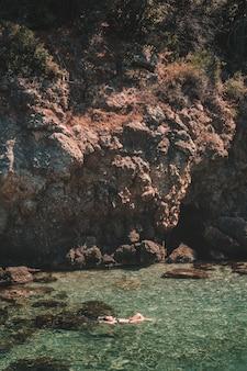 Mar de kusadasi, turquia