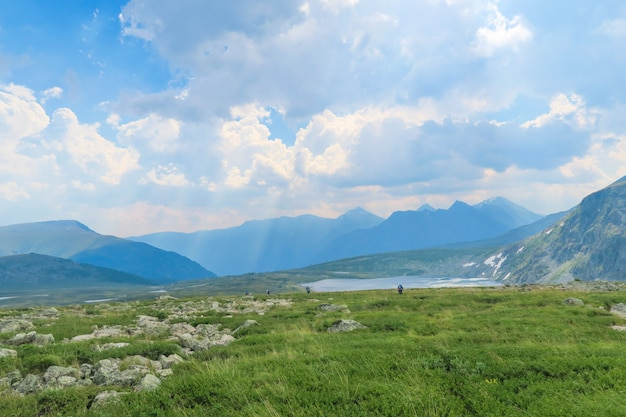 Maravilhosa paisagem nas montanhas.