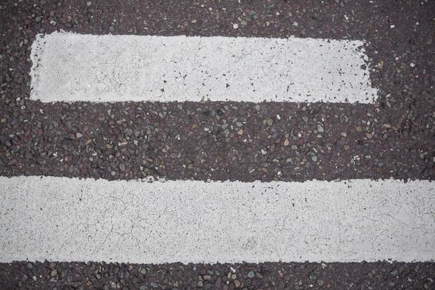 Marcação na superfície de estrada estrada