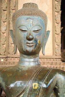 Marco da cidade phra asiático do templo