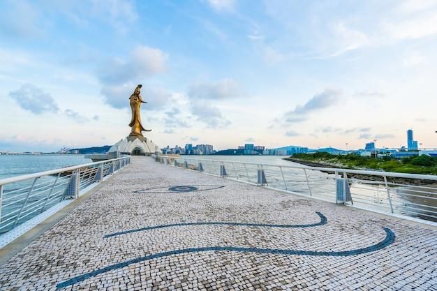 Marco da estátua de kun iam na cidade de macau