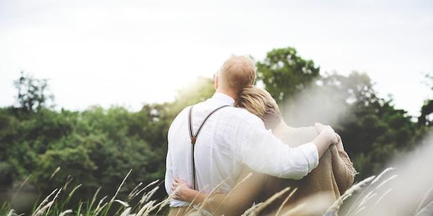Marido da esposa dos pares que data o conceito do amor do abrandamento