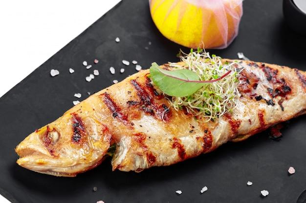 Marisco, peixe grelhar
