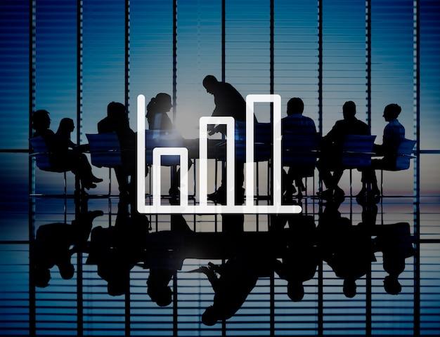 Marketing de gráfico de barras, analisando o conceito de aumento de crescimento