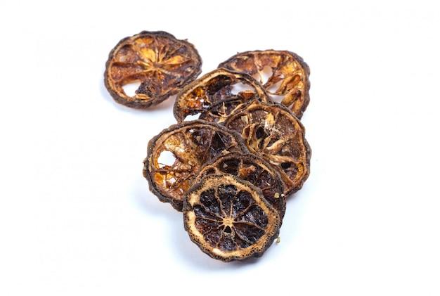 Marmelo seco isolado no fundo branco, frutas secas, ingrediente