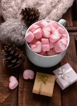 Marshmallow de doces na mesa
