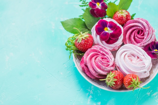 Marshmallow, zéfiro de sobremesa, merengue de redemoinho rosa