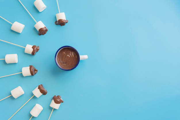 Marshmallows com um fundo bonito