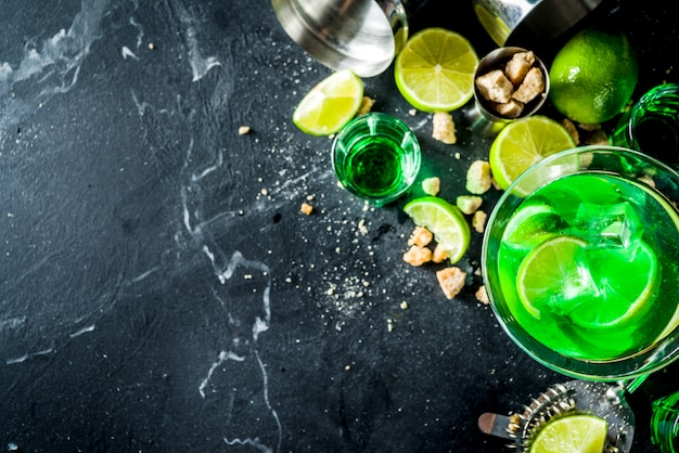 Martini de absinto e vodka