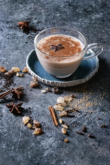 Masala chai com ingredientes
