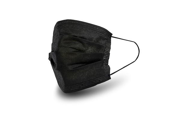 Máscara de absorvente higiênica preta para prevenir infecções respiratórias e de propagação isoladas em fundo branco.