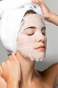 Máscara de beleza facial auto-cuidado
