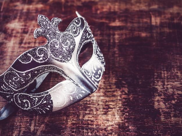 Máscara de carnaval vintage.