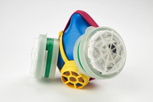 Máscara de proteção respiratória recarregável em branco