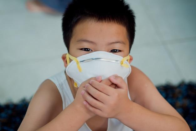 Máscara higiênica, criança usar máscara de poeira