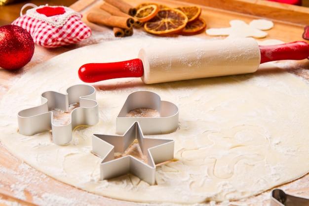 Massa de biscoitos caseira para o natal