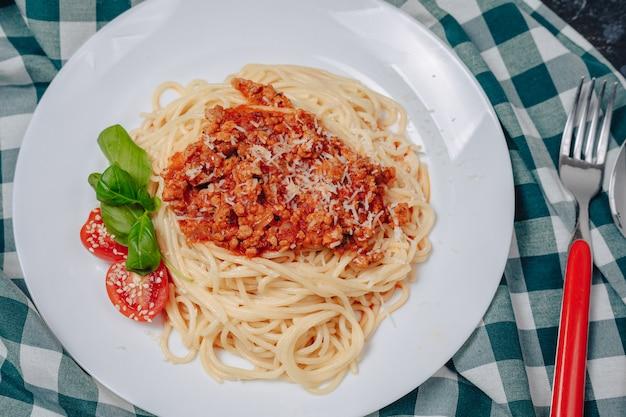 Massa italiana com carne