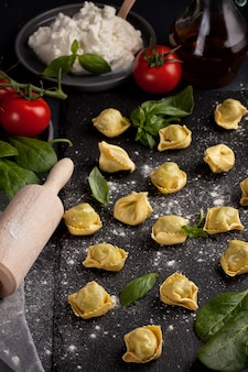 Massa italiana com espinafre e ricota
