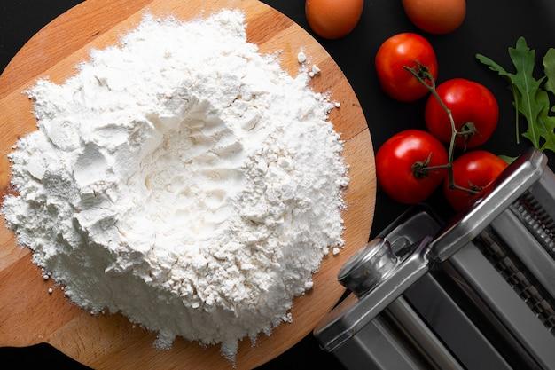 Massa orgânica caseira com ingredientes