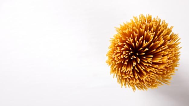 Massa seca spagetti feita de durum