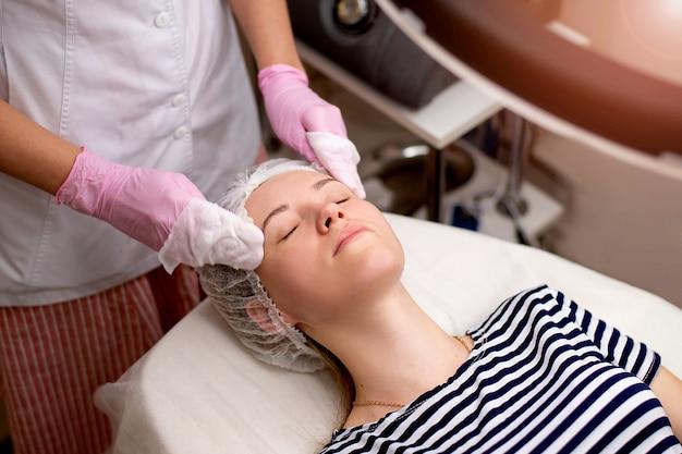 Massagem cosmética tratamentos de beleza