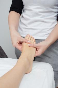 Massagem no clube de bem-estar