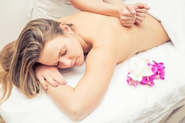 Massagem no spa