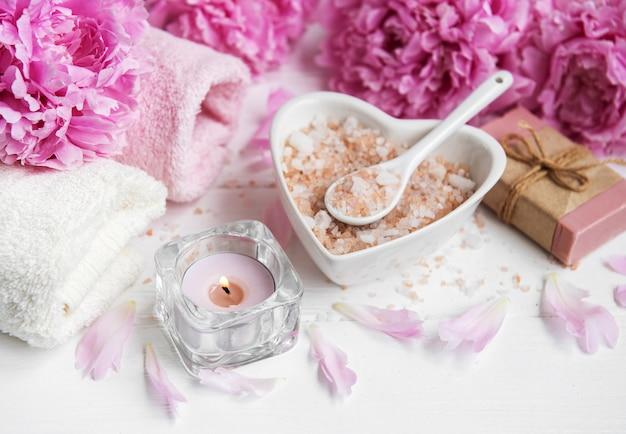 Massagem sal e peônia flores