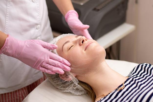 Massagem tratamentos de beleza