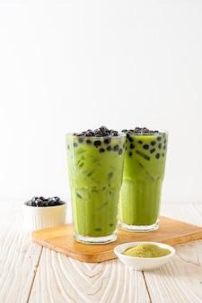 Matcha chá verde com leite com bolha