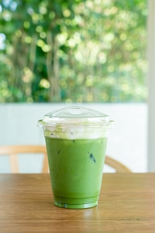 Matcha chá verde cream cheese em xícara take away