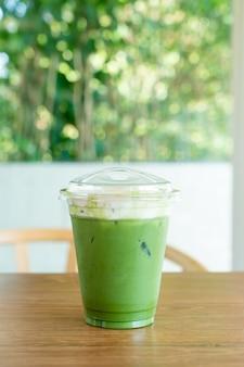 Matcha chá verde cream cheese em xícara take away