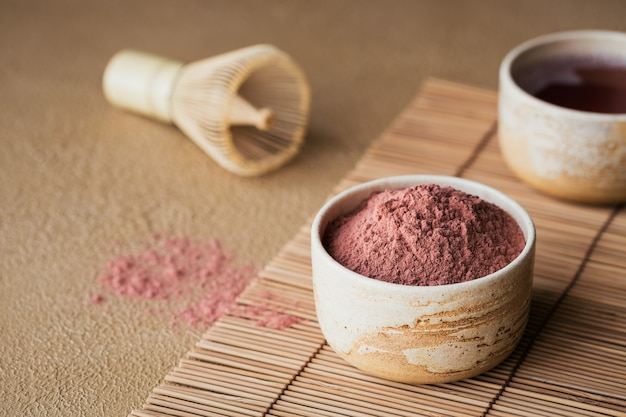 Matcha de chá em pó de cor orgânica