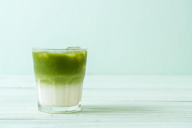 Matcha gelado chá verde com leite
