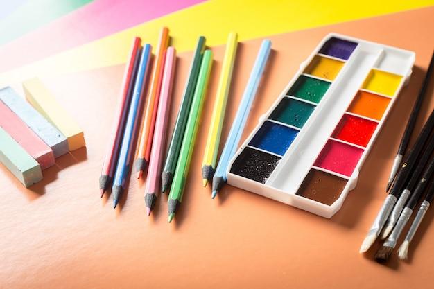 Material de escritório da escola