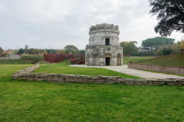 Mausoléu de teodorico (mausoleo di teodorico), ravena, itália