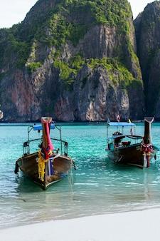 Maya bay Phi Phi Leh ilha, Krabi Tailândia