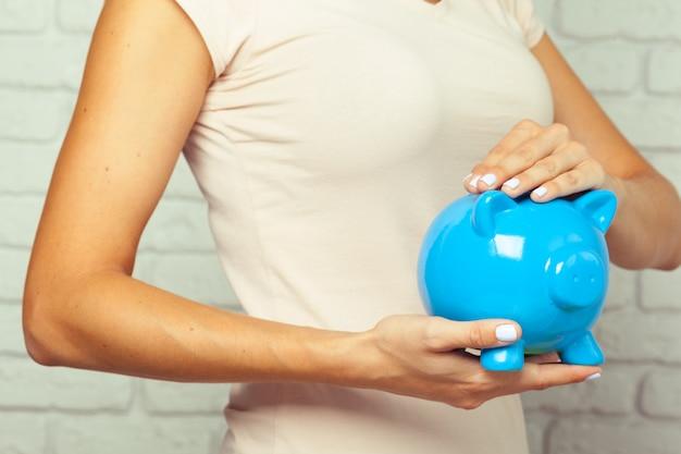 Mealheiro azul ou caixa de dinheiro