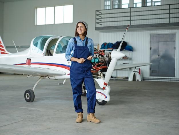 Mecânico feminino