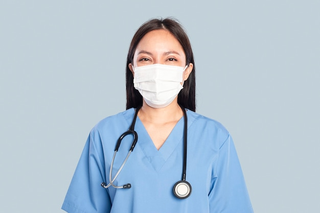 Médica com um retrato de estetoscópio